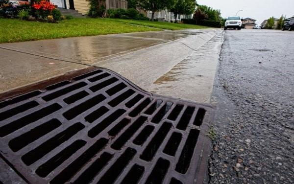 Roadside drainage system